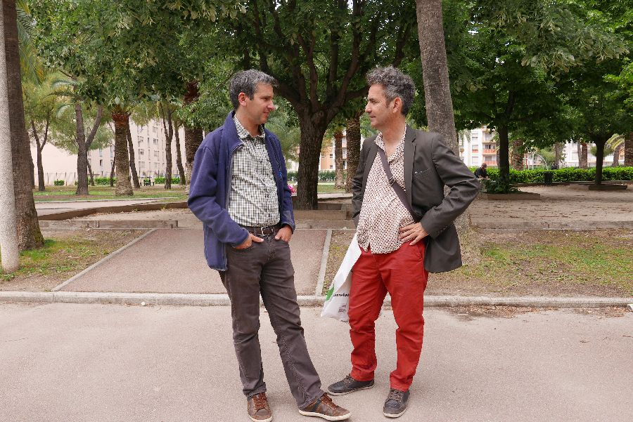Discussions entre développeurs lors du parcours