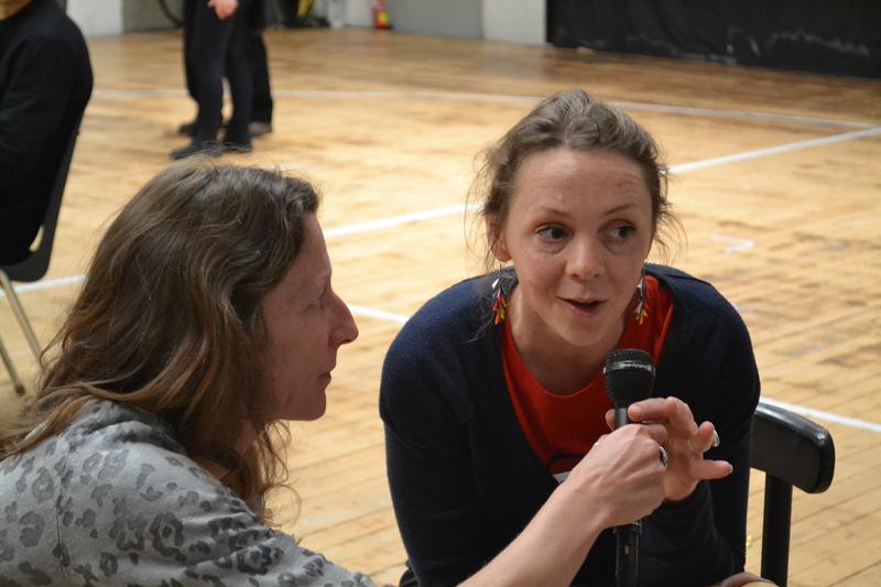 Sarah, assistante de la mise en scène